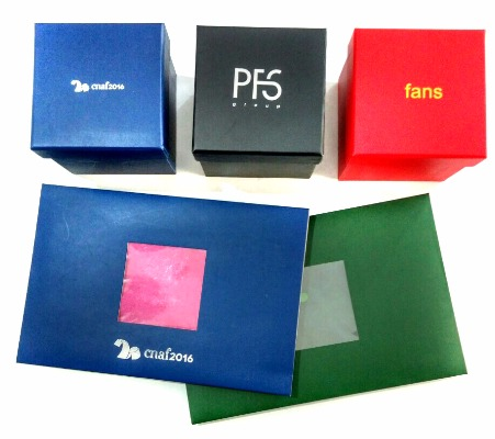 Cajas personalizadas para corbatas y pañuelos